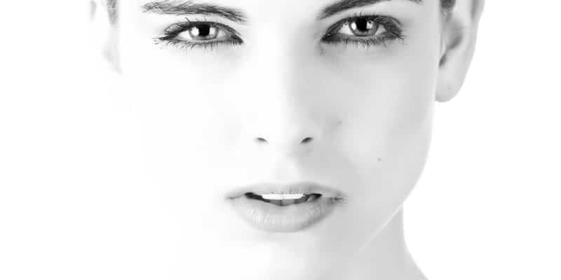 8 Key Facts to Know About Eye Floaters   EBlogin